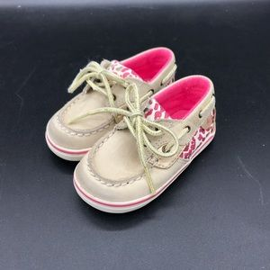 Cute Sperry boat shoes 4M